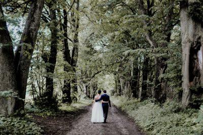 Lipcowy ślub w pałacu w Grąbkowie